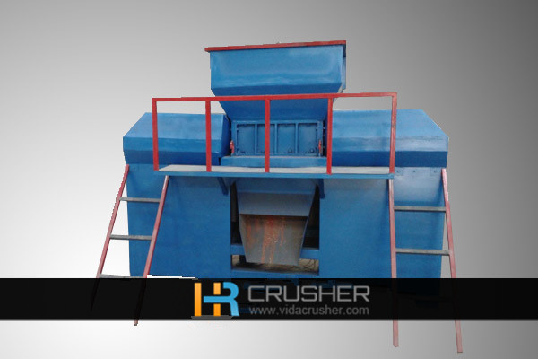E-waste scrap crusher